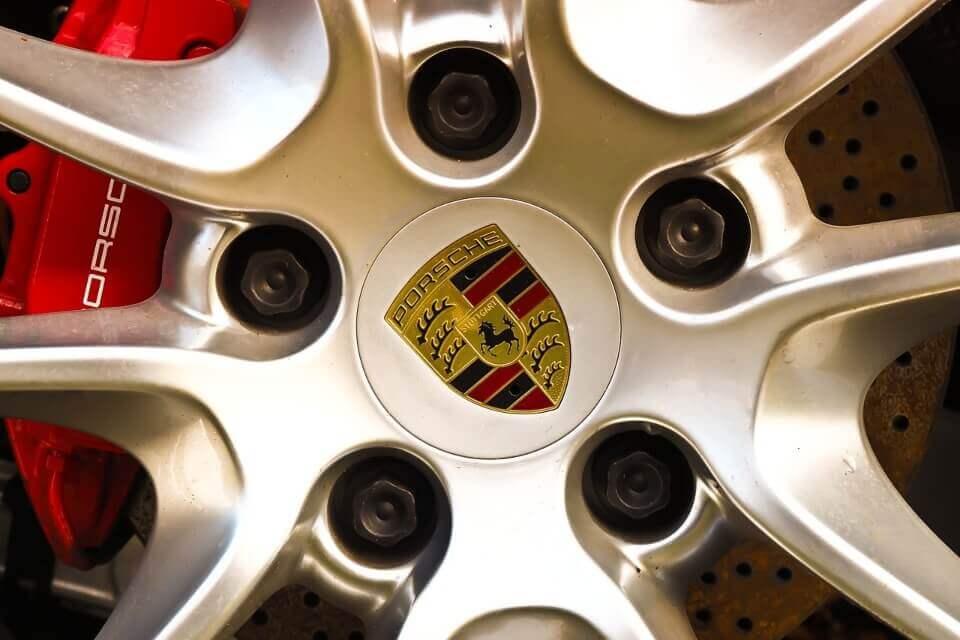 alquiler coches alta gama deportivos de lujo bodas eventos rodajes jjdluxe cars alicante murcia coleccion porsche llanta