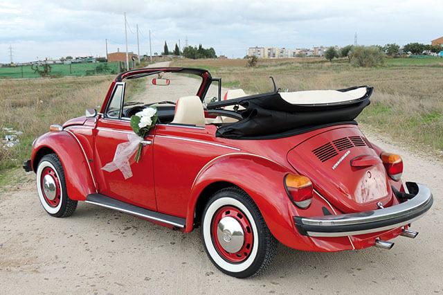 alquiler de escarabajo volkswagen beetle rojo 1976 en alicante bodas eventos rodajes jj dluxe cars portada 4