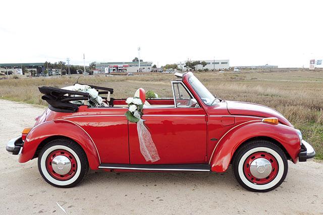 alquiler de escarabajo volkswagen beetle rojo 1976 en alicante bodas eventos rodajes jj dluxe cars portada 5