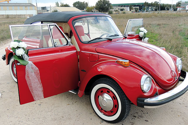 alquiler de escarabajo volkswagen beetle rojo 1976 en alicante bodas eventos rodajes jj dluxe cars portada 8