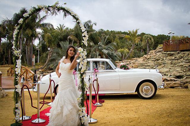 alquiler de rolls royce blanco silver cloud 1964 bodas eventos rodajes jj dluxe cars alicante
