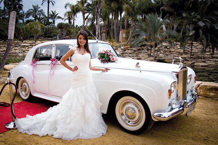 alquiler de rolls royce silver cloud blanco 1964 coches clasicos antiguos vintage para bodas eventos y rodajes en alicante jjdluxe cars