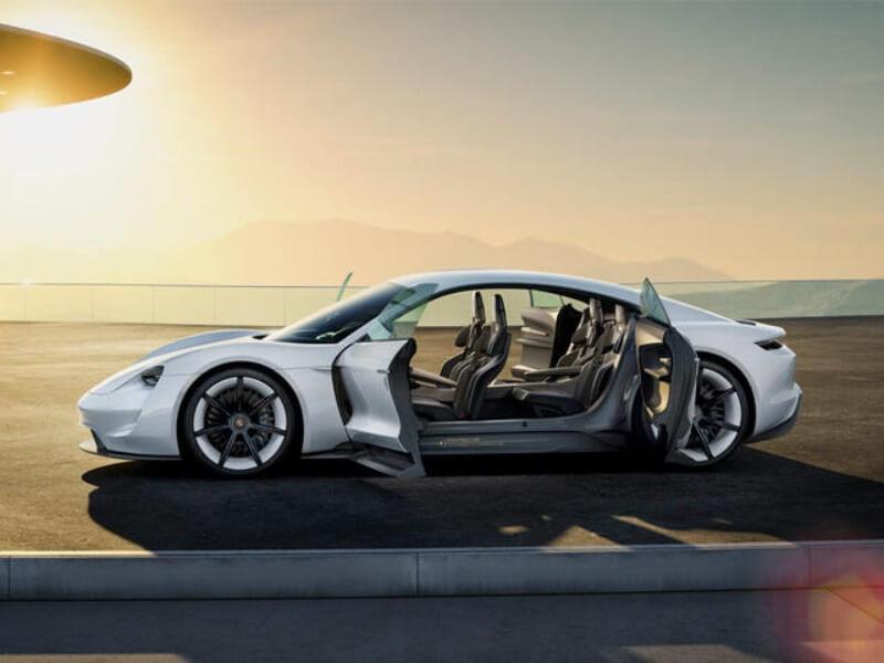 porsche taycan blanco alquiler de coches deportivos de lujo para bodas eventos y rodajes en alicante