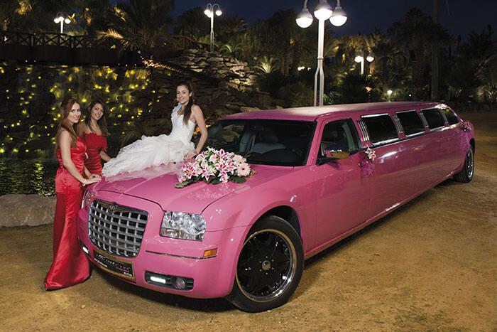 alquiler de limusina rosa en alicante chrysler pink bodas eventos rodajes jj dluxe cars portada