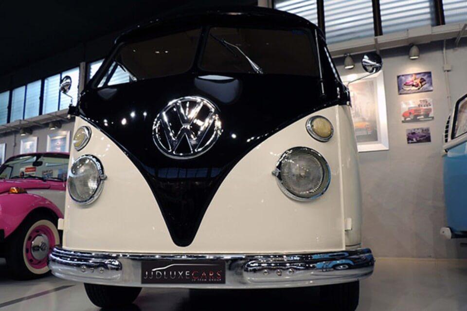 alquiler de furgoneta volkswagen hippie kombi t1 blanca negra en alicante bodas eventos rodajes jj dluxe cars frontal