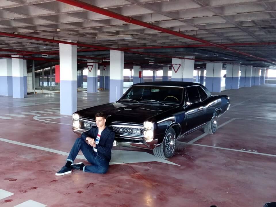 alquiler de coches para rodajes videoclips musicales eventos jj dluxe cars alicante servicio